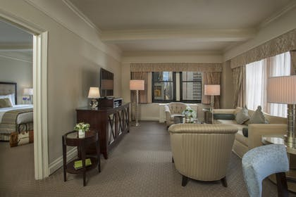Living Room | On the Avenue Suite King | Warwick New York