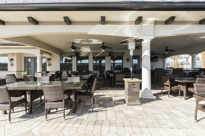 Outdoor Lounge 2 | Balmoral Resort Florida