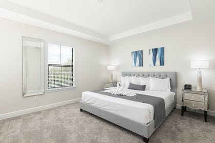 Master bedroom 2 | 3 Bedroom Townhome | Balmoral Resort Florida