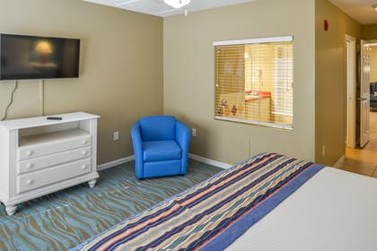 Bedroom 2 | One Bedroom Suite | Barefoot'n Resort by Diamond Resorts