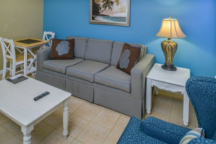 Living Room 2 | One Bedroom Suite | Barefoot'n Resort by Diamond Resorts