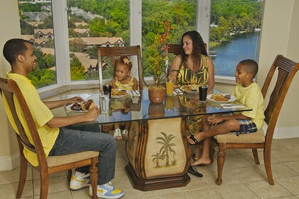 Family Dining | Two Bedroom Deluxe Suite | Blue Heron Beach Resort