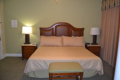 Bedroom | Three Bedroom Suite | Cypress Pointe Resort