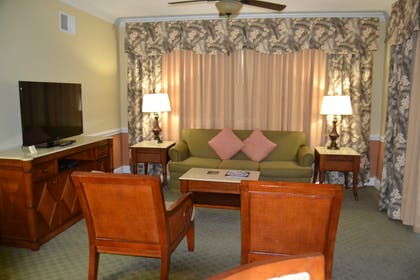 Living Room | Three Bedroom Suite | Cypress Pointe Resort