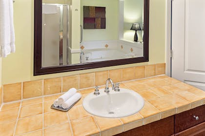 Bathroom 2 | Three Bedroom Suite | Grand Beach