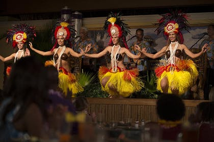 LRPR - Luau | Universal's Loews Royal Pacific Resort™