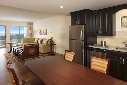dining | 3 Bedroom Penthouse 2 King 1 Queen Suite | Parc Soleil by Hilton Grand Vacations