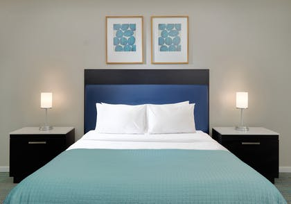 Bedroom | 3 Bedroom 2 Bath Deluxe View | The Grove Resort & Spa Orlando