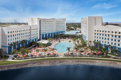 Aerial View | Universal's Endless Summer Resort - Surfside Inn and Suites