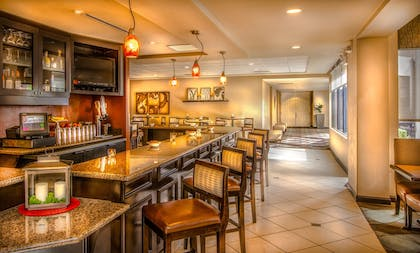 Bar | Hilton Garden Inn Phoenix North Happy Valley