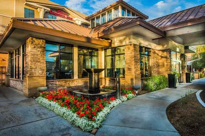 Exterior | Hilton Garden Inn Phoenix North Happy Valley