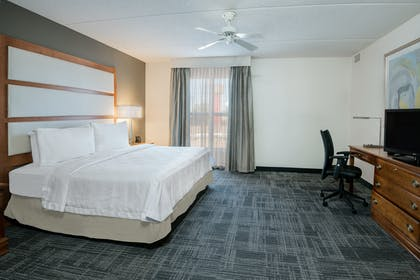 king bedroom  | 1 King 2 Double Beds 2 Bedroom 2 Bath Suite Non-smoking |  Homewood Suites by Hilton Phoenix - Metro Center
