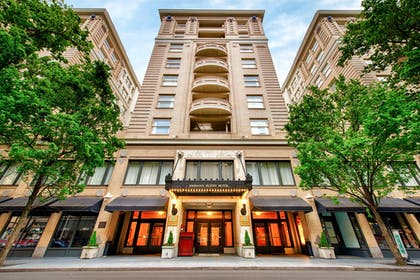 Exterior | Embassy Suites by Hilton Portland-Downtown