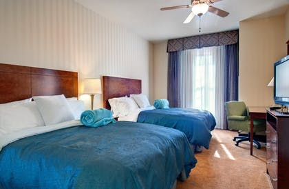 Double Beds | 1 King 2 Queen Beds 2 Bedroom 2 Bath Suite Non-smoking | Homewood Suites by Hilton Sacramento Airport-Natomas