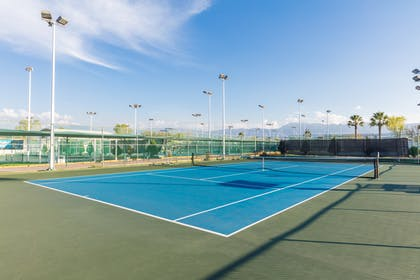Tennis Court | DoubleTree Suites by Hilton Saltillo