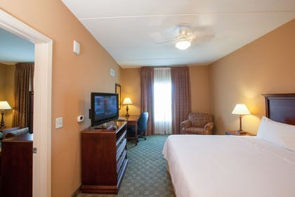 Bedroom | 1 King Bed 1 Bedroom Suite Non-smoking + 1 King Bed 1 Bedroom Suite Non-smoking | Homewood Suites by Hilton San Antonio-North
