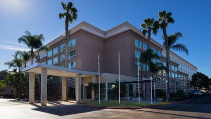 Exterior_Day | DoubleTree by Hilton Hotel San Diego - Del Mar