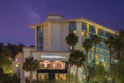 DoubleTree by Hilton San Diego - Hotel Circle Evening | DoubleTree by Hilton San Diego Hotel Circle