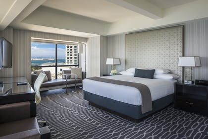 Bedroom | Signature Suite | King Room | Manchester Grand Hyatt San Diego