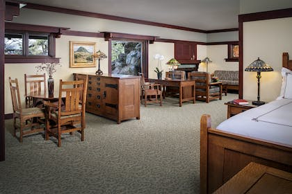 Bedroom & seating area | Robinson Room | The Lodge at Torrey Pines