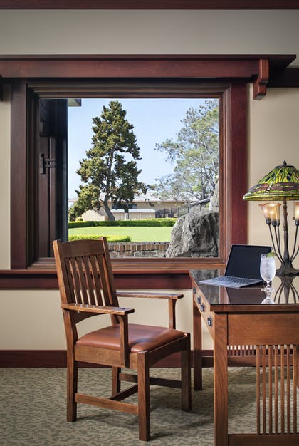 Desk Area | Robinson Room | The Lodge at Torrey Pines