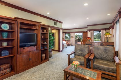 Living Area | Robinson Room | The Lodge at Torrey Pines
