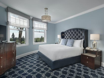 Bedroom | One Bedroom Bay View Suite | Claremont Club & Spa, A Fairmont Hotel