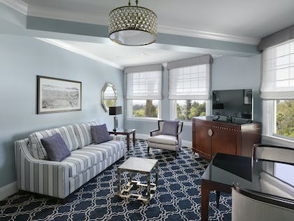 Living Room | One Bedroom Suite King | Claremont Club & Spa, A Fairmont Hotel