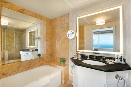 Bathroom | Tower Suite | Fairmont San Francisco