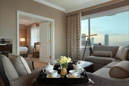 Living Room | Tower Suite | Fairmont San Francisco