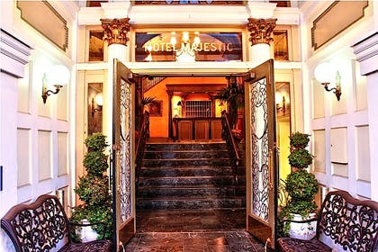 Entrance | Hotel Majestic
