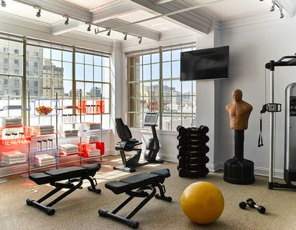 Fitness Room | Hotel Zeppelin San Francisco