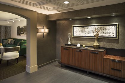 Foyer | Luxury Suite | Hyatt Regency San Francisco
