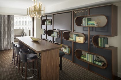 Library 1 | Luxury Suite | Hyatt Regency San Francisco