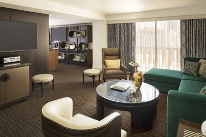 Living Room 1 | Luxury Suite | Hyatt Regency San Francisco