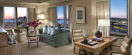 Living Room | Bridge to Bridge Suite | Loews Regency San Francisco