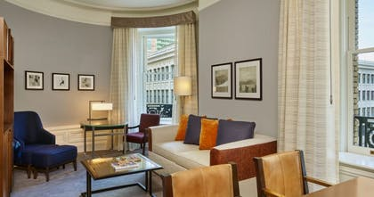 Living Room | Deluxe One Bedroom Suite | Palace Hotel