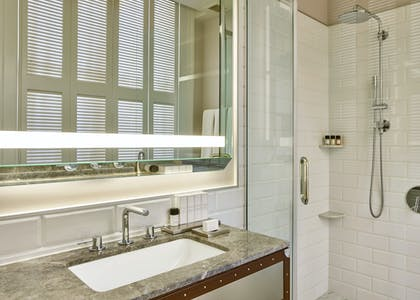 Bathroom 1 | Palace King Suite + Grand Deluxe King | Palace Hotel