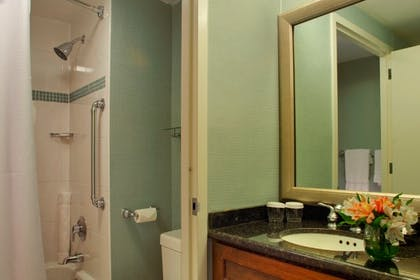Bathroom | King Suite | Hotel Zoe San Francisco