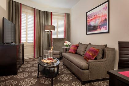 Living Room   Junior Suite + Deluxe King   Villa Florence San Francisco on Union Square