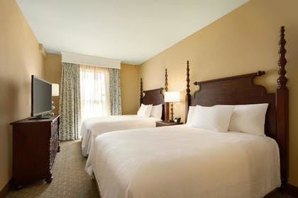 Queen Beds | 2 Room Suite - 1 King Bed - Non-smoking + 2 Room Suite - 2 Queen Beds - Non-smoking | Embassy Suites by Hilton Hotel Savannah