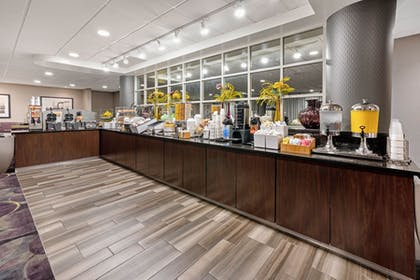 Complimentary Breakfast   La Quinta Inn & Suites by Wyndham Tacoma - Seattle