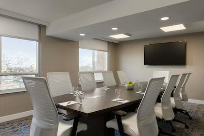 Meeting Rooms | Embassy Suites by Hilton Toronto Airport