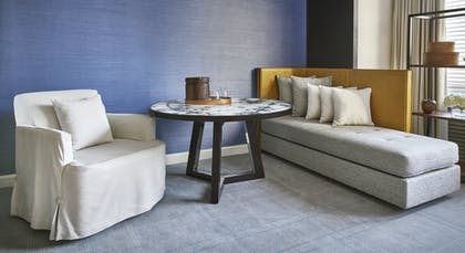 Park Deluxe Sitting Area | Park Junior Suite + Park Deluxe Double | Park Hyatt Washington
